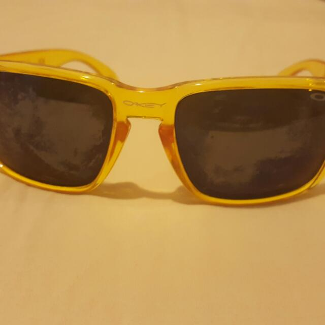 Oakley Holebrook Sunglasses