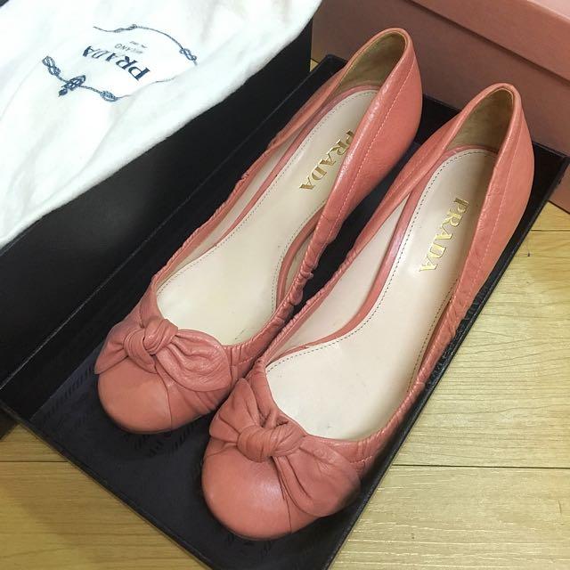 Prada 鞋