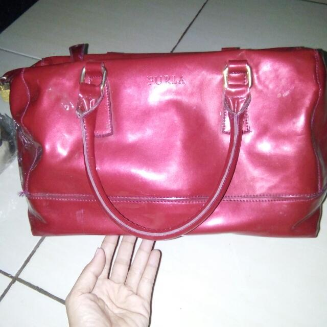 Preloved Tas Furla Merah