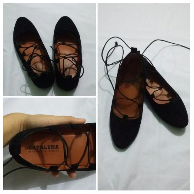 Sepatu balerina Tali