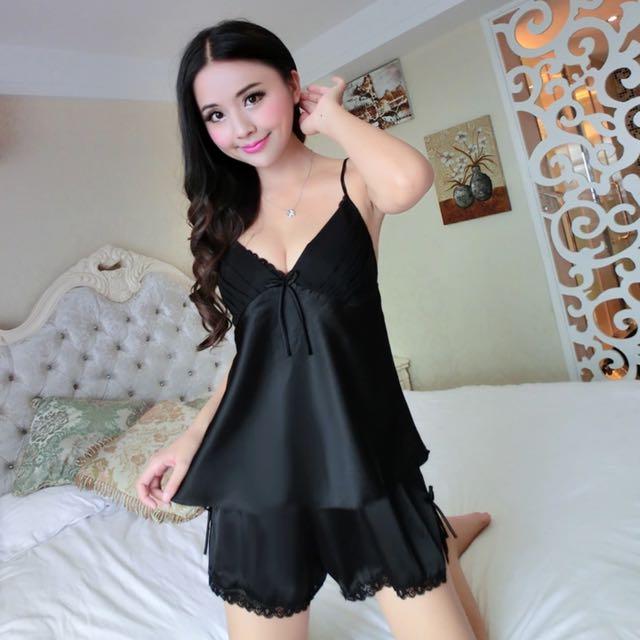f9af041da4 Sexy V-Neck Rayon Silk Pajama Sets
