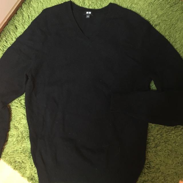 Uniqlo V領毛衣 M號