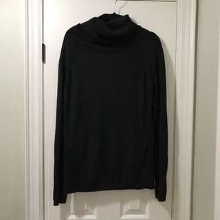LULULEMON KNIT TURTLENECK
