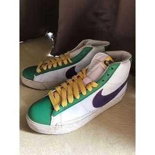 Preloved Nike Blazer High Size 41 / 8 / 26cm