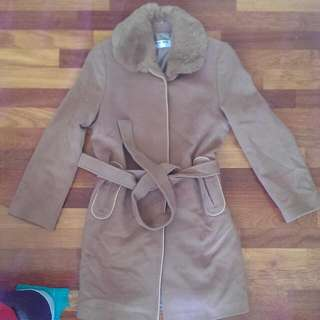 Size AU 10 KLDY Classic Collection Tan Winter Jacket With Soft Fluffy Collar.