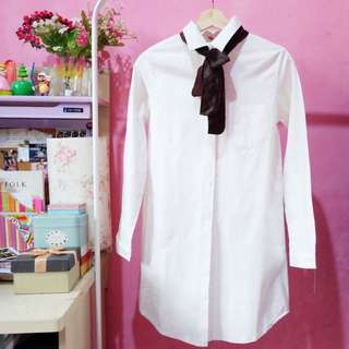 Shirt dress With Bowtie In Cream