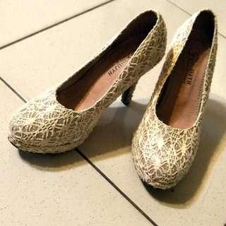 蕾絲高跟美鞋