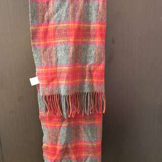 Collect Point Red Scarf 紅色格仔披肩