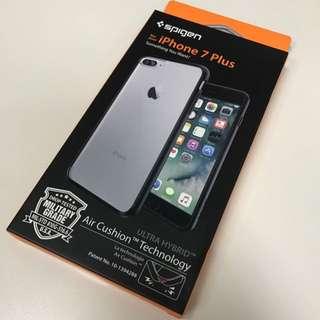 Spigen Ultra Hybrid case for iPhone 7 Plus