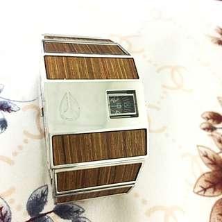 Nixon 竹紋
