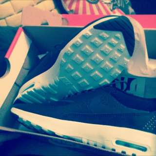 air max thea black/anthracite-teal tint size 6