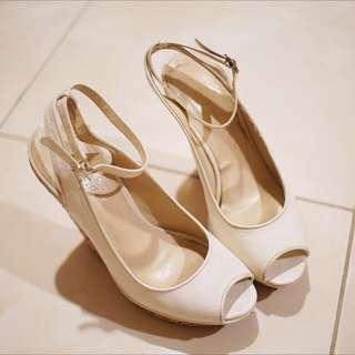 Sepatu Wedges (Nine West)