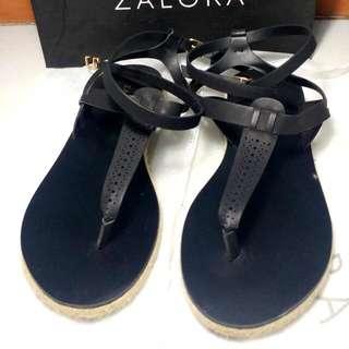 ZALORA T- Strap Flat Sandals