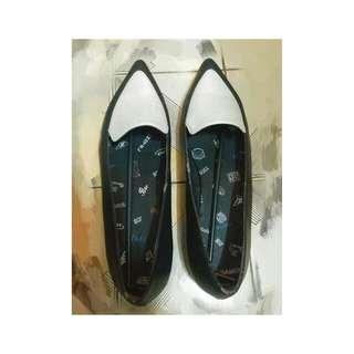 日本🇯🇵SLY 女尖頭包鞋 L size(24-25)