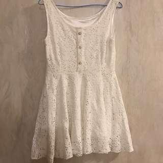 白空褸空連身裙