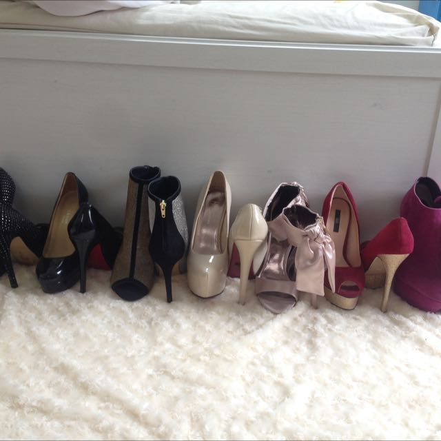 7 Pairs Of Shoes!!