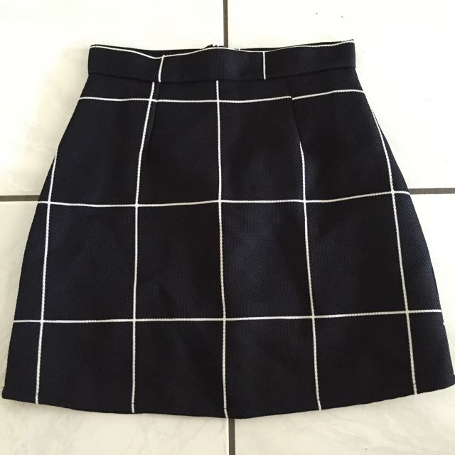 American Apparel Style Check Mini Skirt