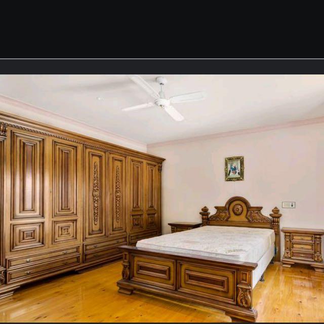 Antique Italian Furniture Bedroom Suite