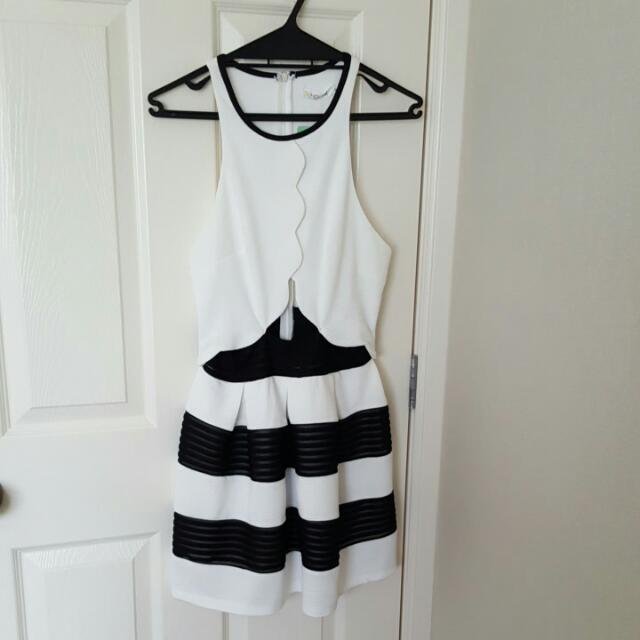 Brand new with tags black and white dress sz8