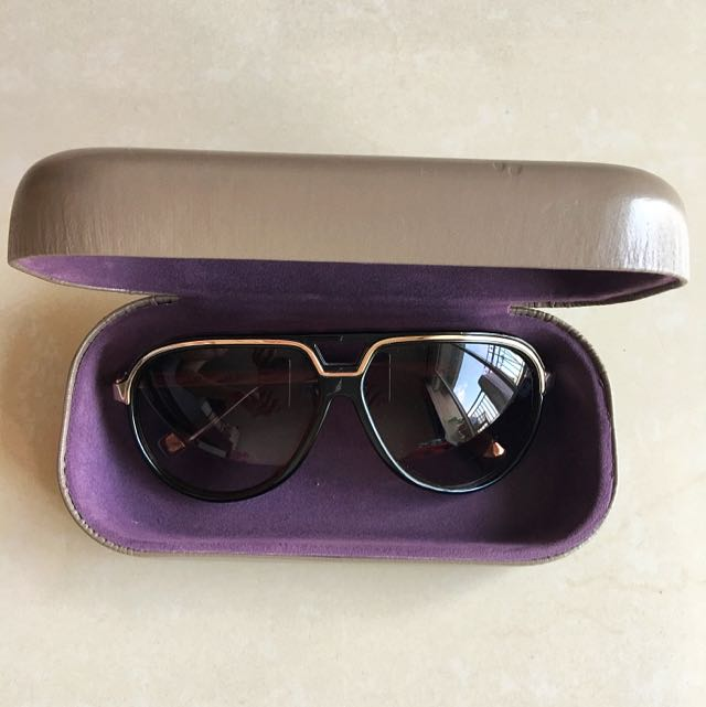 Charles & Keith Sunglasses 😎