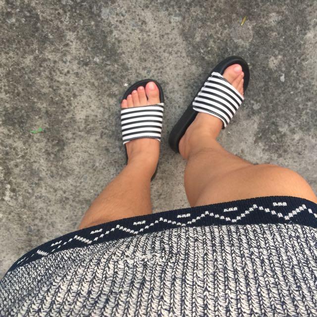 Cotton On Stripe Slide