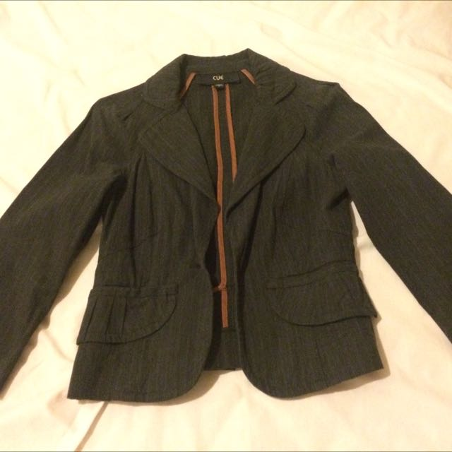 Cue Size 6 Women's Fitted Suit Jacket