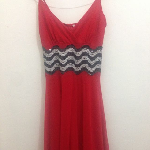 Dress Warna Merah