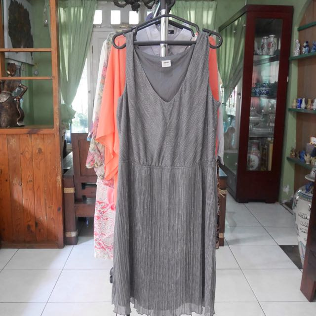 PARTY DRESS [Preloved]