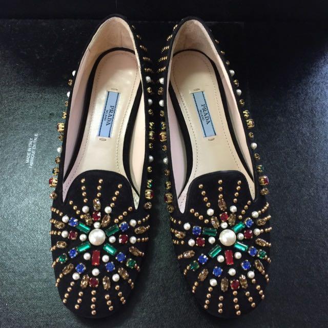 Prada鞋