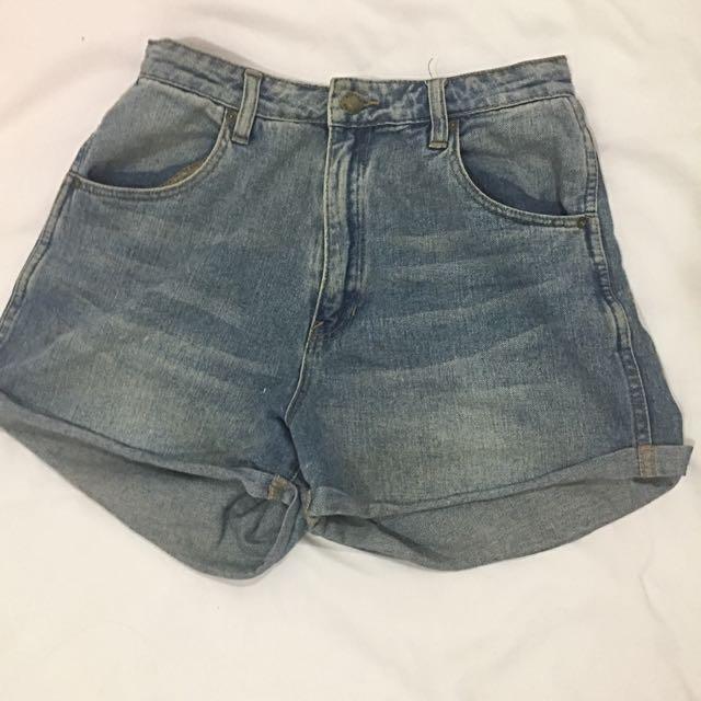 Rollas Denim Shorts Size10