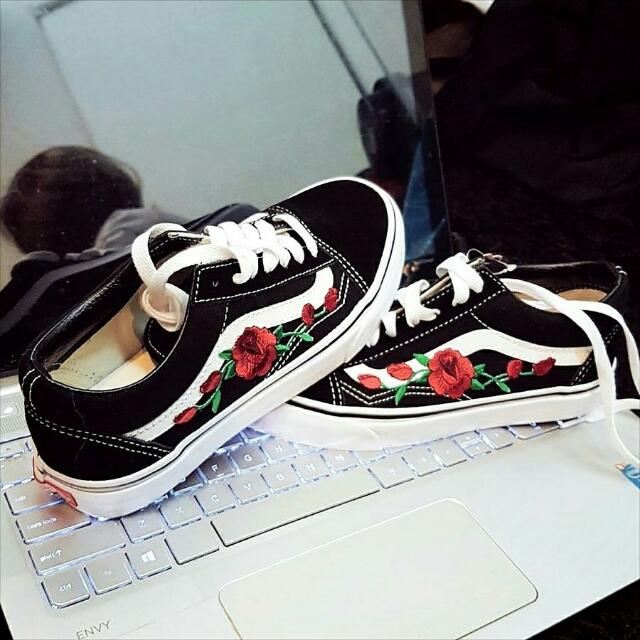 vans old school rose patch