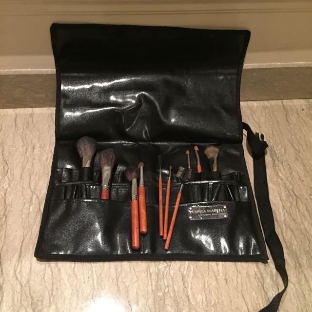 Sariayu Brush Belt & Brush Set