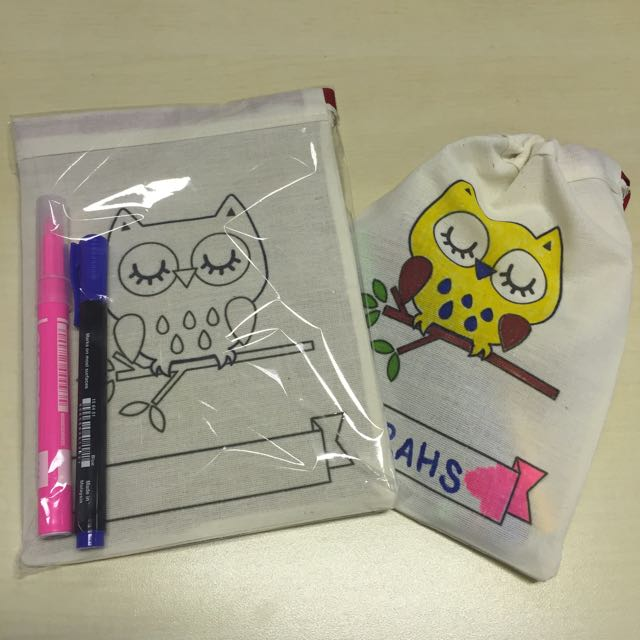 Self Coloring Pouch