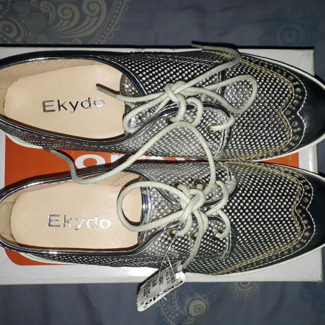 Sepatu Ekydo