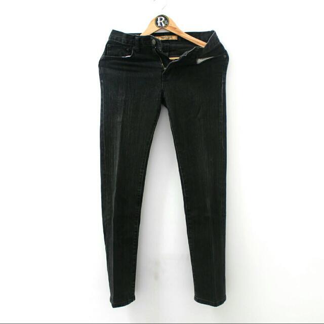 Uniqlo Original Basic Jeans