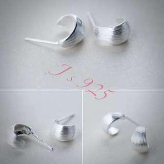 925純銀拉絲弧型耳環