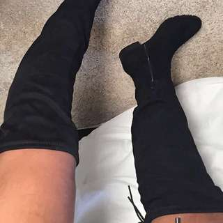 Black Knee-High Boots Size 8 Brand-New