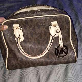 MK broen handbag AUTHENTIC