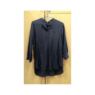 UNIQLO深藍色開襟襯衫