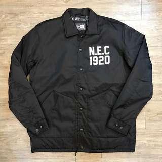 教練外套 NewEra x NEC 黑色 厚的