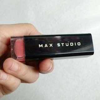 Max Aunthtic Lipstick