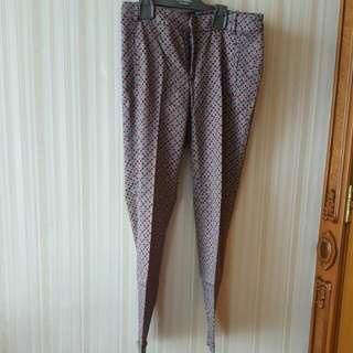 Zara Basic Celana Panjang Motif