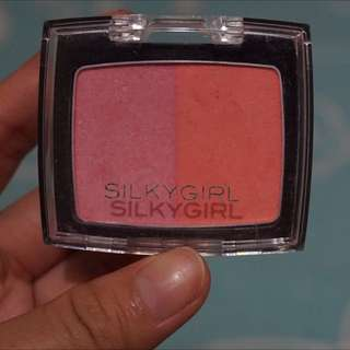 blush on silkygirl cheeky peach