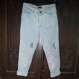 Celana Boyfriend Ripped Jeans By Benefit