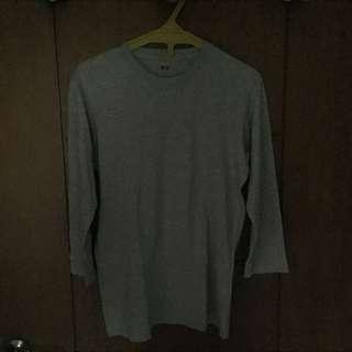 Uniqlo Grey 3/4 Shirt