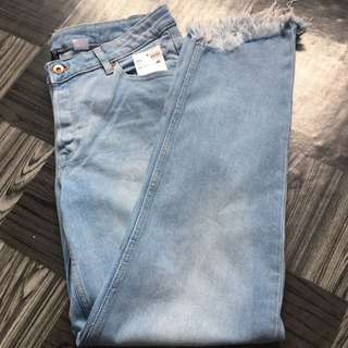 H&m Ripped Jeans Size 40