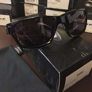 Authentic Oakley Jupiter Squared