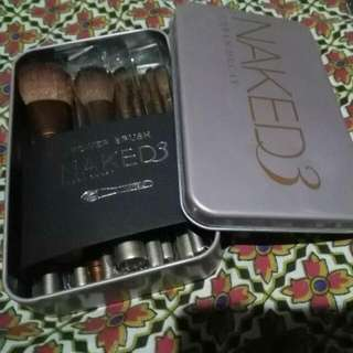 NAKED 3 12pcs Brush Set