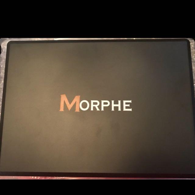 35P morphe Palette