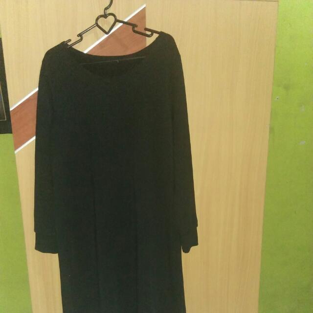 7/8 Black Dress